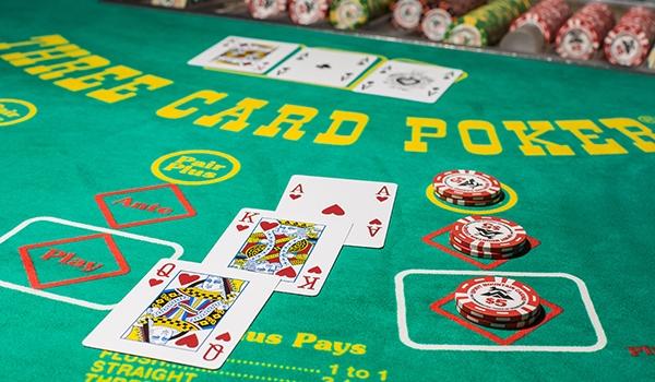 three picture poker
